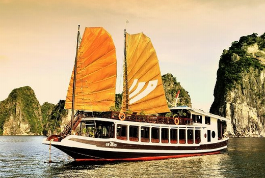 Halong Legend cruise