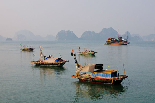Fishing banned in Halong bay