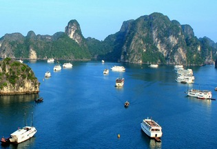 Free wifi internet access in Ha Long Bay