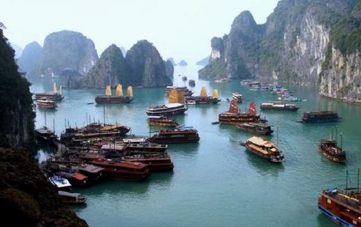 Halong tourism aims at long term development